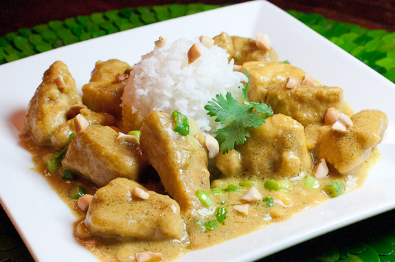 The Daring Cooks Challenge – Homemade Nut Butter and a Chicken Peanut Curry