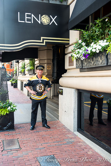 The bellman also had Bruins fever
