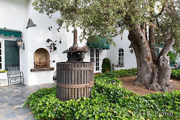 The side entrance to Erna's Elderberry House