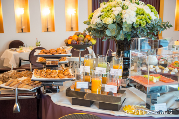 Breakfast buffet at Le DIane