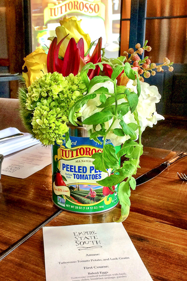 Recycle your tomato cans for floral arrangements