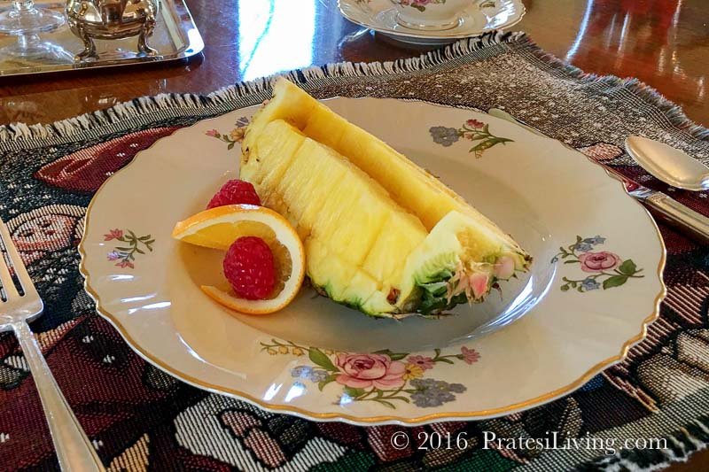 Our first course - Fresh pineapple served in the shell