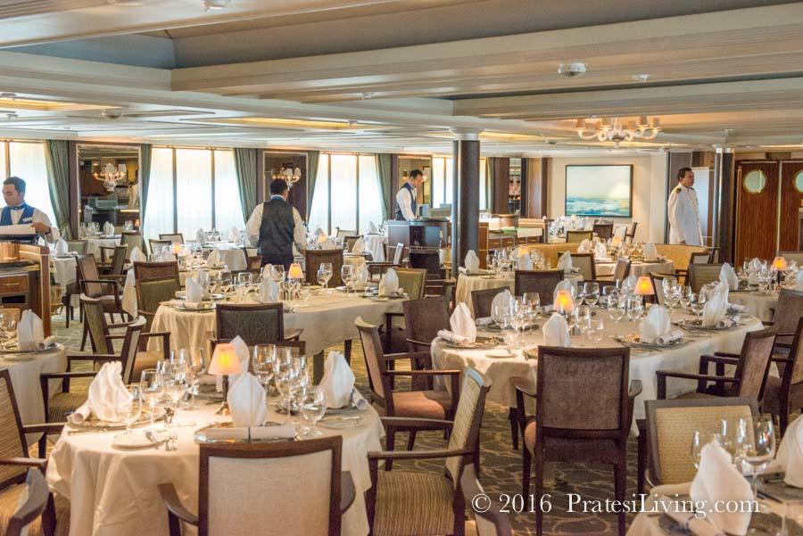 AmphorA dining room