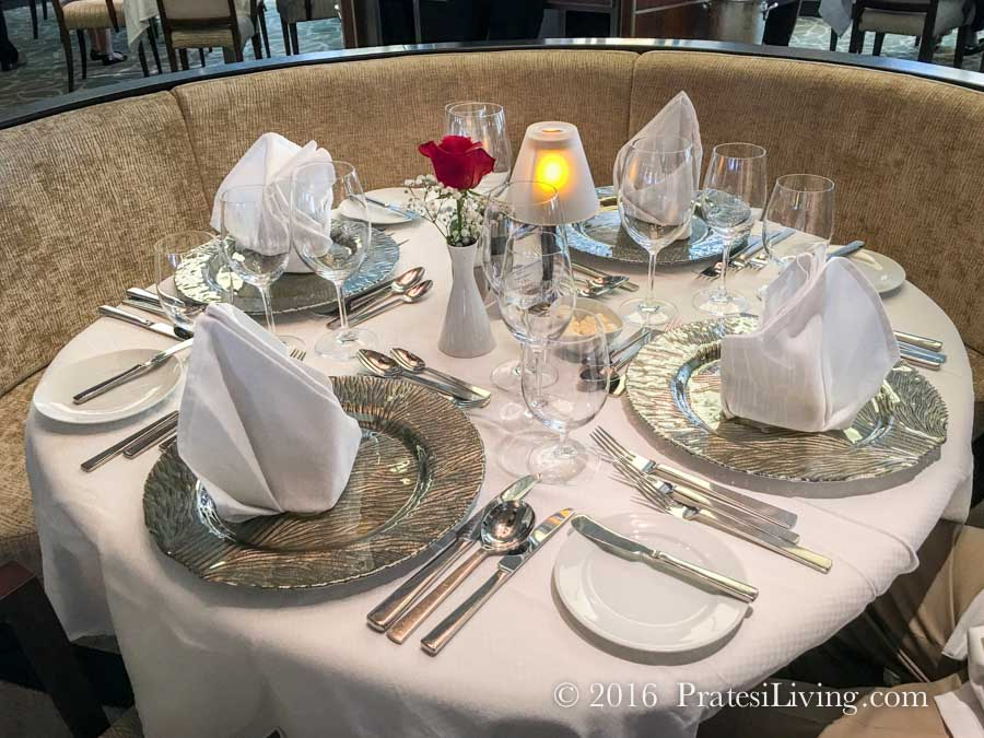 Dining in AmphorA on the Star Legend