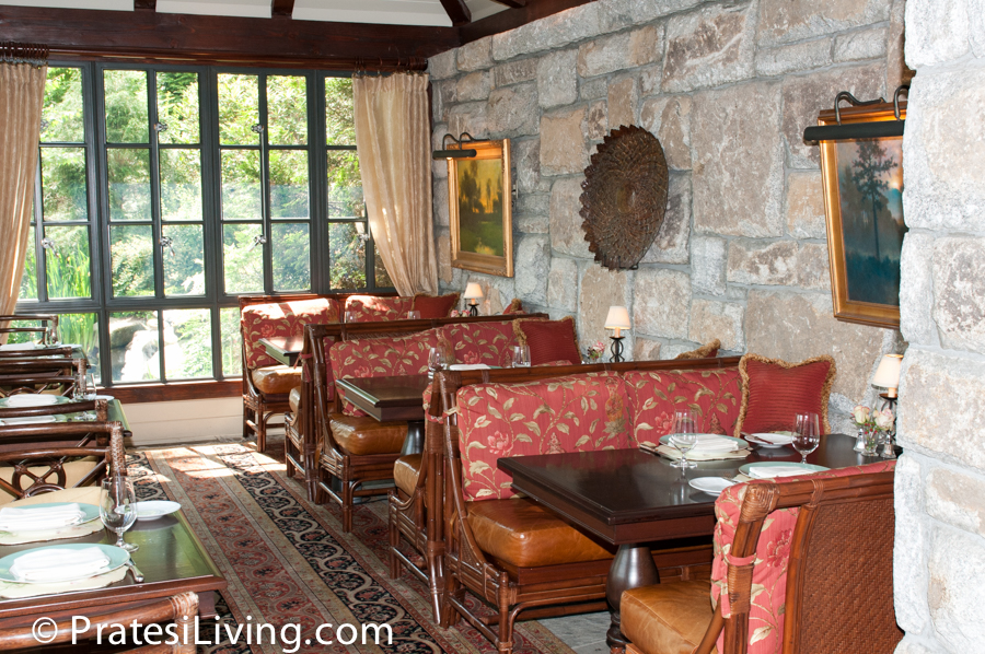 Dining room at Madison's