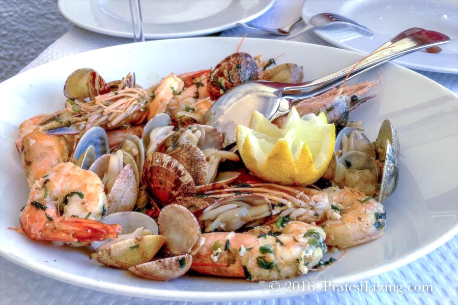 Prawns and clams in Portugal