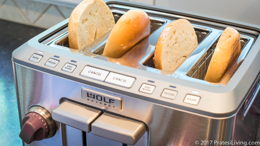 Review Of The Wolf Gourmet 4 Slice Toaster And Bread Knife